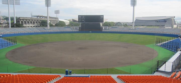 硬式野球場